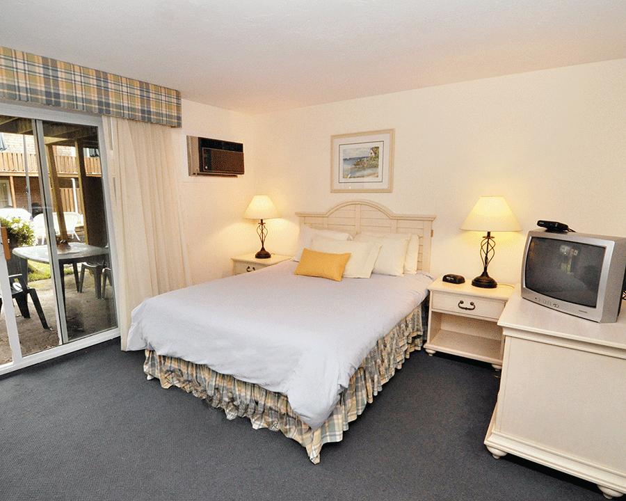 cape winds resort hyannis cape cod bedroom east coast condo rentals